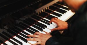 richtigen Rhythmus beim Klavierspielen finden